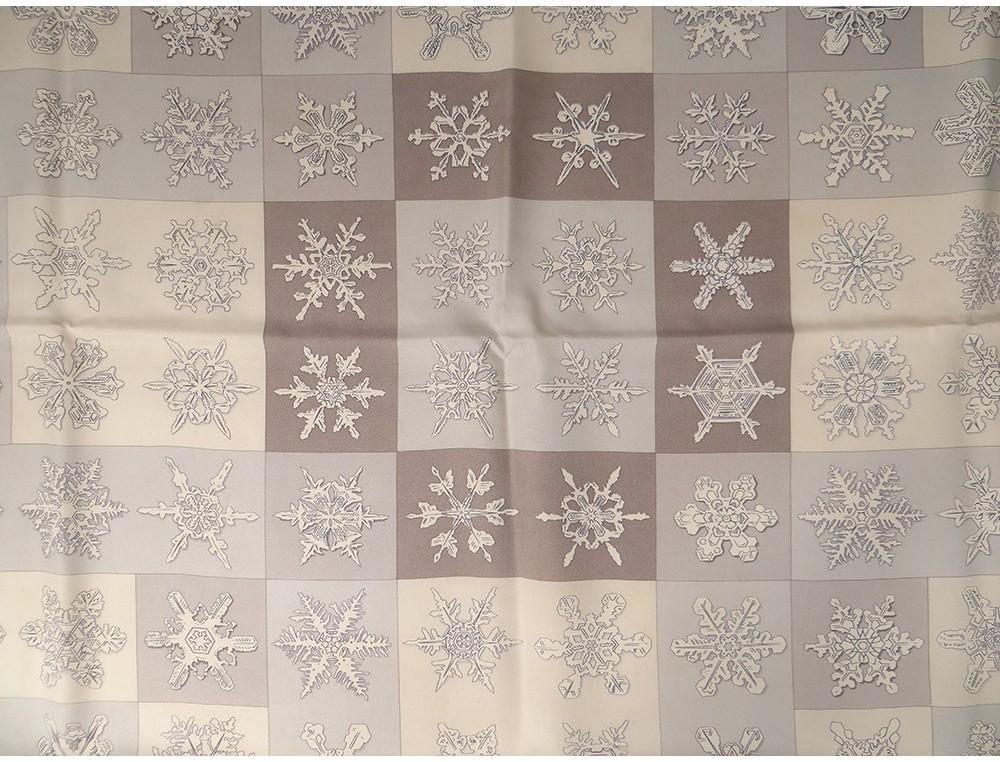 Carré soie foulard Hermès Paris Feux de l Hiver flocons neige 90cm Vintage 7516a295396
