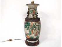 Lamp Chinese porcelain vase Nanjing 19th century soldier figures