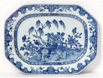 Octagonal porcelain dish China white-blue garden landscape Qianlong eighteenth