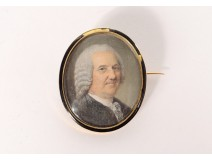 Miniature oval mother-of-pearl portrait noble eighteenth pin solid gold 18K enamel