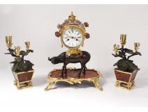 Pendulum Buffalo Louis XV gilt bronze lacquered wood Chinese candelabra 18th