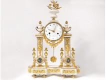 Pendulum gantry Louis XVI gilt bronze white marble vase flowers clock 18th