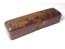 Box glove box lacquered wood gilding cherry blossoms Japan twentieth century