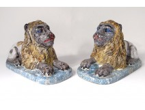 Pair sculptures large lions coated faience Luneville polychrome eighteenth