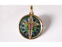 Medallion pendant cross 18K gold enamel pique to date stained glass rosette XXème