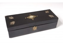Glove box blackened wood box metal nacre palmettes nineteenth century