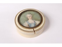Small ivory round box miniature portrait young romantic woman nineteenth