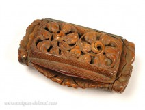 Snuffbox Corozo carved flowers, work in Marin, nineteenth