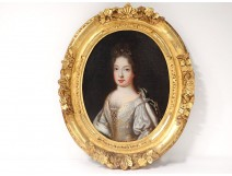 HST Oval Table Portrait Young Woman Noble Jewelry Frame Carved XVII