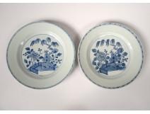 Pair porcelain China China Company India landscape pagoda Kangxi eighteenth