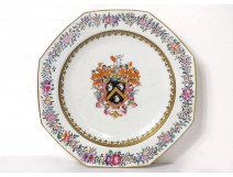 Octagonal porcelain dish Compagnie Indes coat of arms coat of arms knight eighteenth