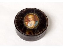Miniature tortoiseshell round box portrait King Rome from ap. Gérard XIXth
