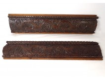 Pair of panels with carved woodwork Haute Epoque frieze shells 17th century