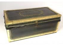 Camphor trunk trunk green leather golden brass XIXth century