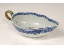 Porcelain gravy boat Compagnie des Indes coat of arms coat of arms eighteenth century