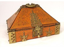 Indo-Portuguese travel box painted wood XIXth century bronze fittings