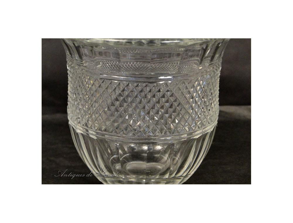 cut crystal vase mus e baccarat france 20th. Black Bedroom Furniture Sets. Home Design Ideas