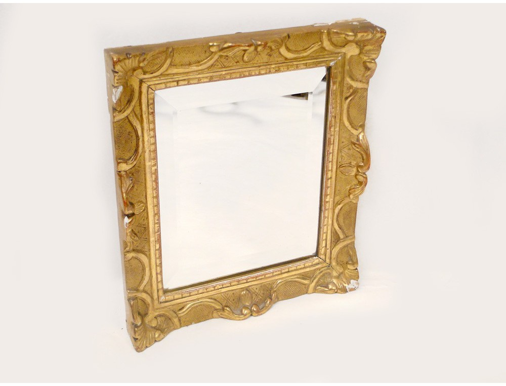Giltwood carved mirror with beveled glass eighteenth for Beveled glass mirror