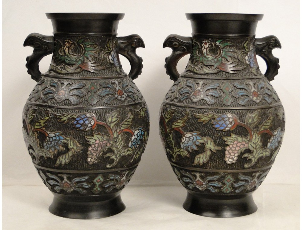 Bien connu Paire de vases en cloisonné, avec décors d'oiseaux et fleurs  AY65