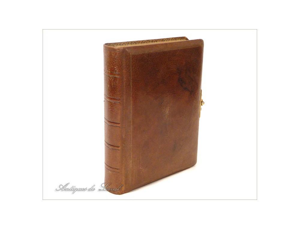 ANTIQUE BOOK 19?? THE PILGRIMS PROGRESS JOHN BUNYAN UNDER SIMILTUDE OF A DREAM