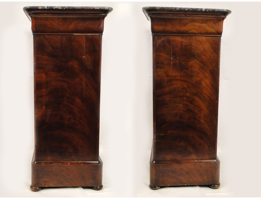 Bedside table louis philippe mahogany nineteenth for Table louis philippe
