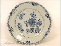 Flat Compagnie des Indes Blue Flowers Kangxi 18th