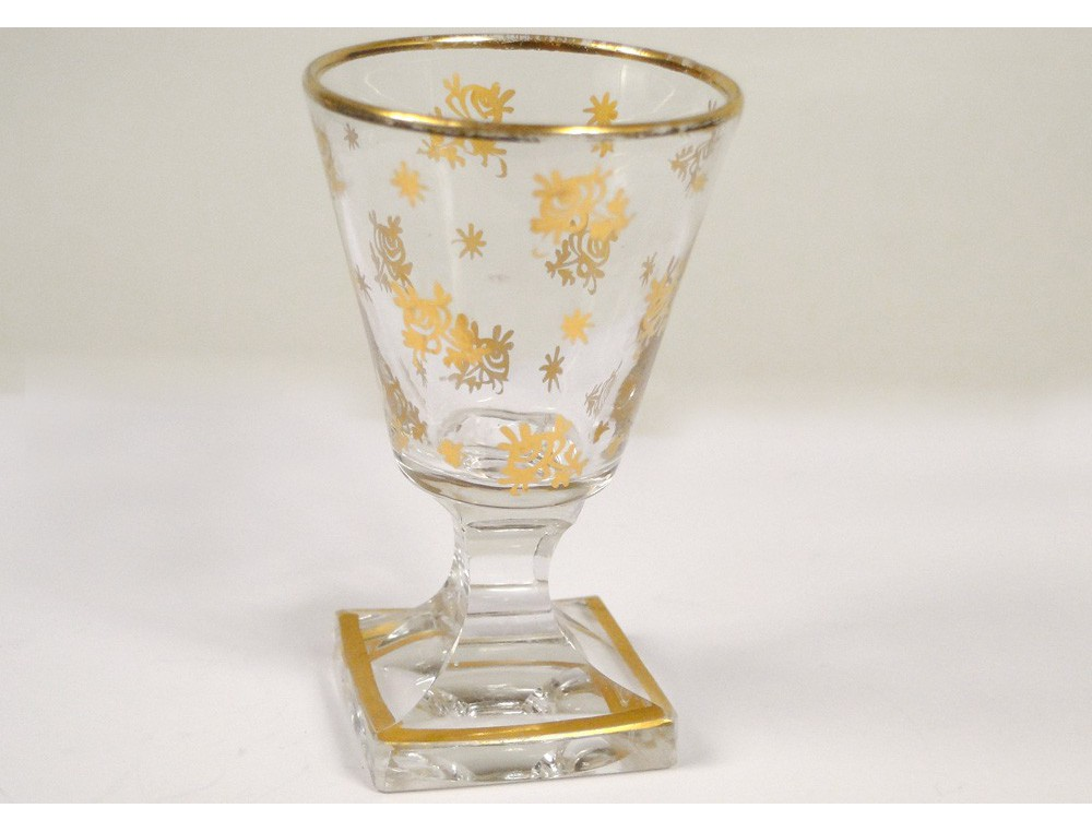 Liqueur boulle marquetry carafes of baccarat crystal glasses napiii nineteenth - Baccarat stemware ...