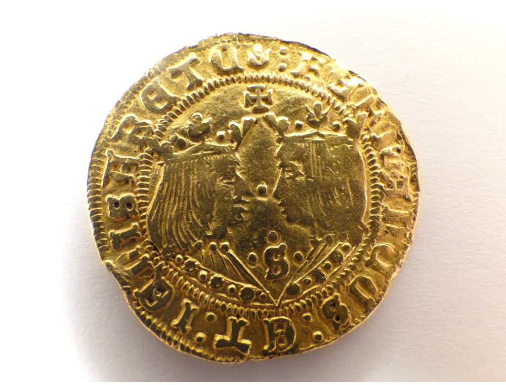 Rare Spanish doubloon, gold coin currency massive Catholic