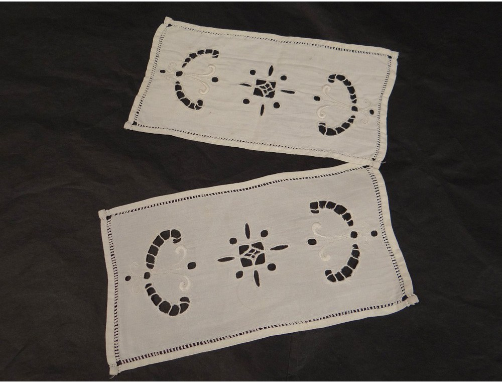 Pair Placemats Linen Embroidery Antique French Cut Flowers