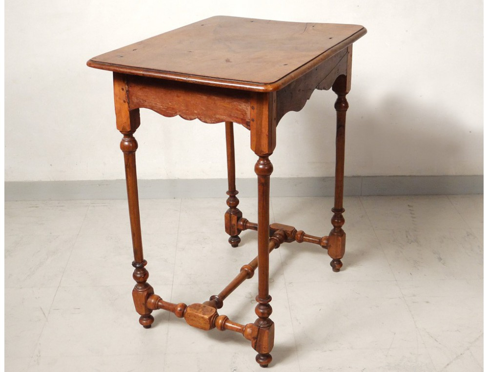 louis xiii table changer harbor macassar walnut seventeenth century. Black Bedroom Furniture Sets. Home Design Ideas
