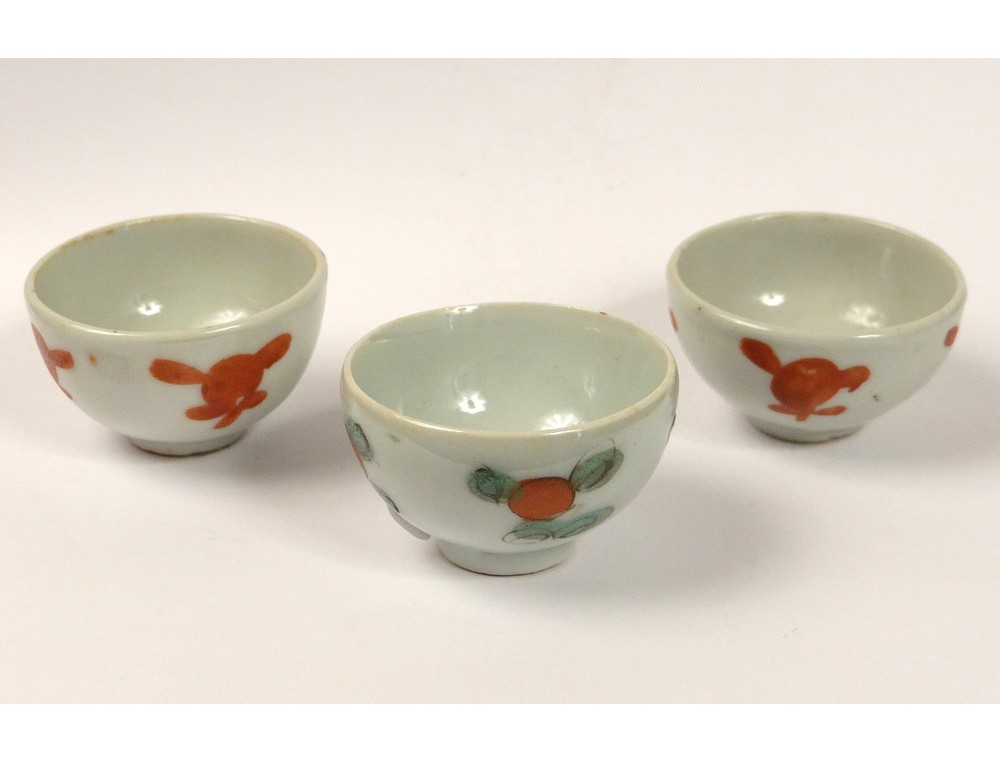 3 Small Bowls Miniature Chinese Porcelain Flowers Chinese