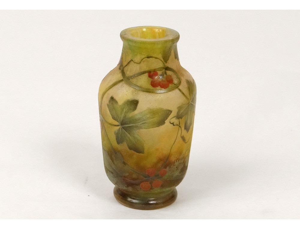 Vase Glass Paste Daum Nancy Art Nouveau Leaves Berries