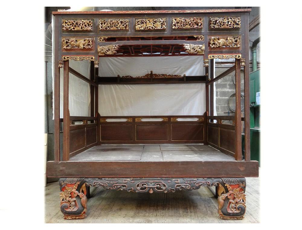 lit clos chinois baldaquin jiazichuang bois sculpt dor dragons qing xix - Lit Chinois