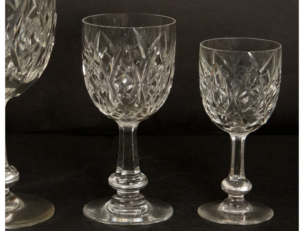 service 33 verres eau vin cristal taill baccarat mod le colbert coupes xx. Black Bedroom Furniture Sets. Home Design Ideas