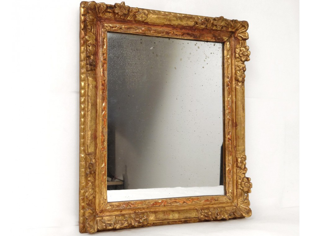 Carved wooden mirror frame golden flowers frame ice for Miroir bois
