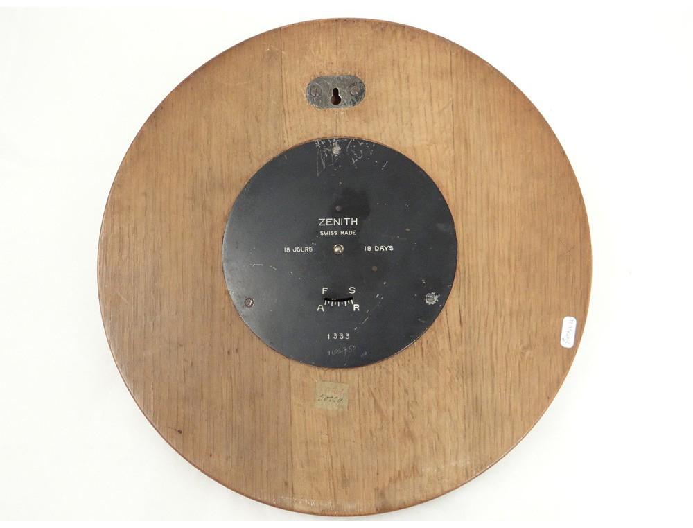 Pendule murale ronde bois zenith suisse 18 jours antique for Grande pendule en bois