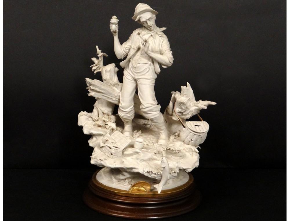 Sculpture Biscuit Capodimonte Personnage P 234 Cheur Poisson L