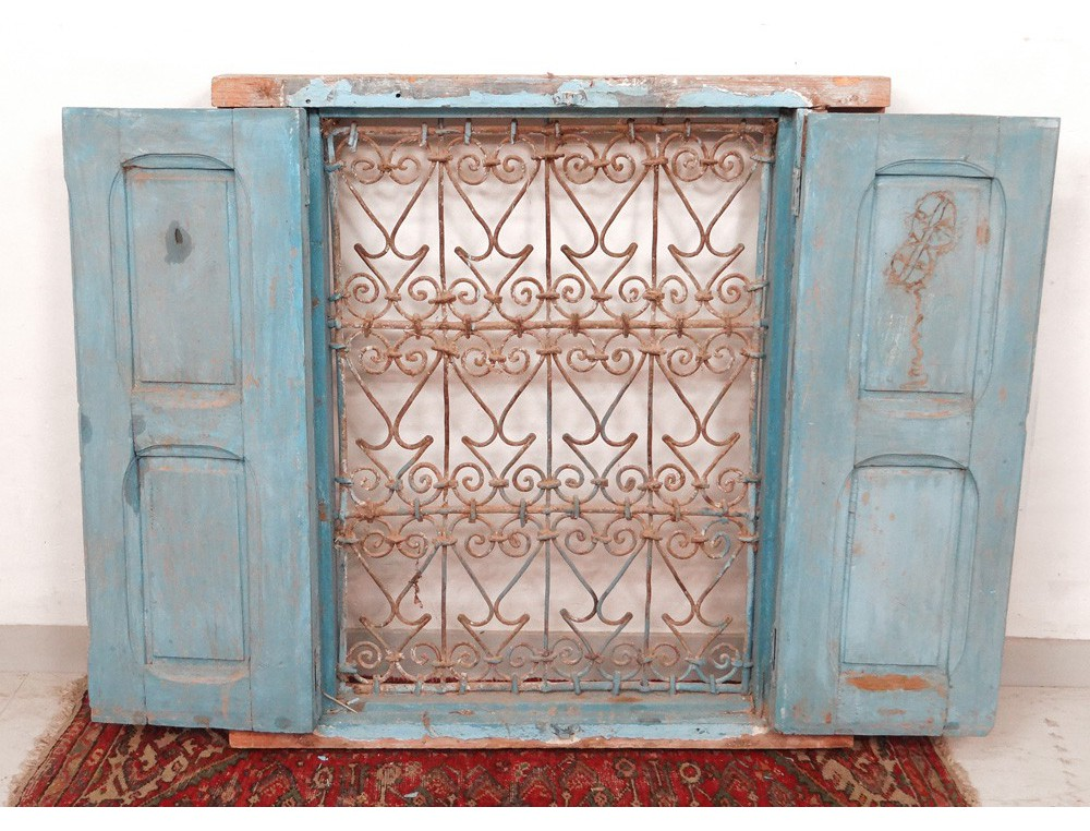 Fer forge fenetre amiens design for Decoration fenetre marocaine