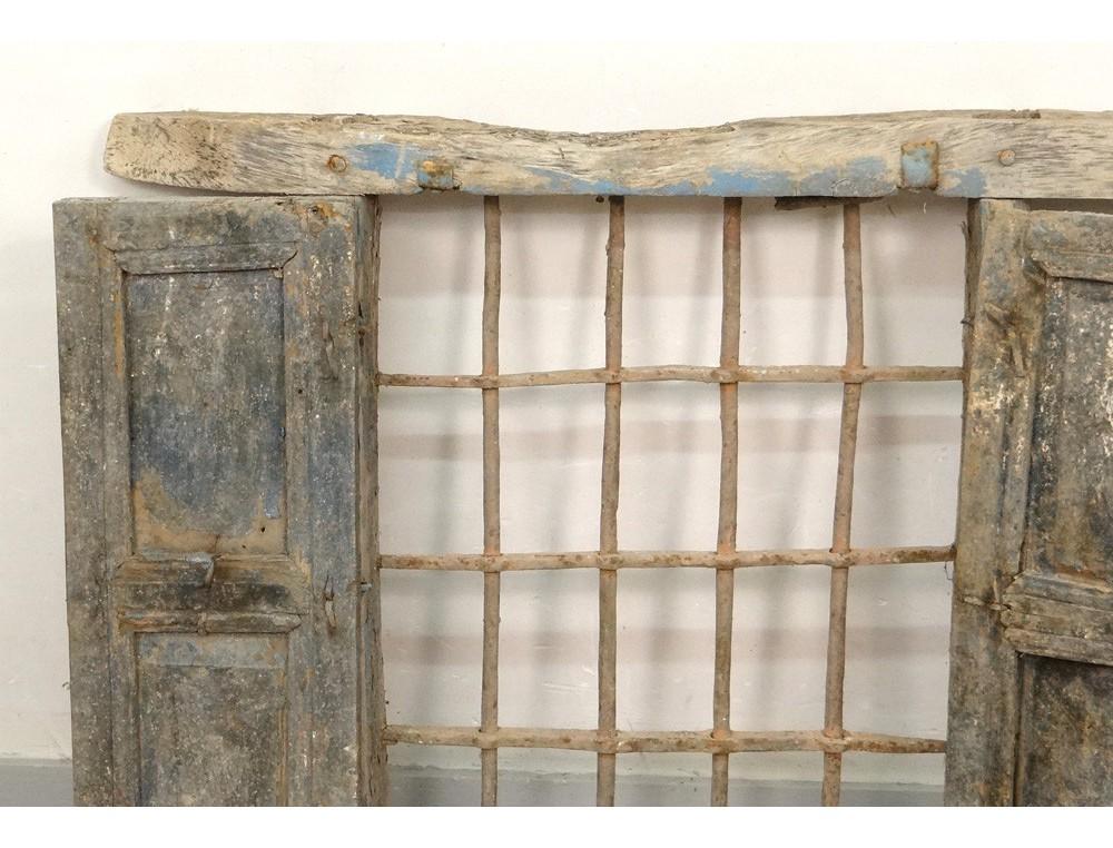 fen tre marocaine grille fer forg bois peint maroc ForGrille Fer Forge Fenetre