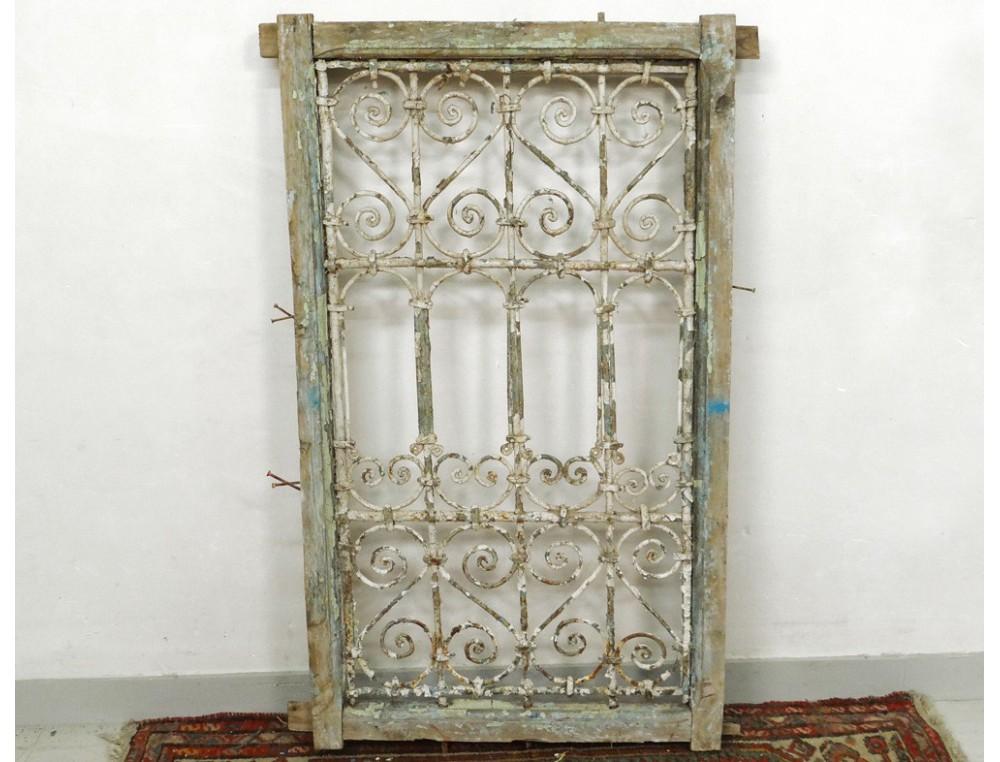 grille fen tre marocaine fer forg bois peint maroc maghreb atlas d co xx. Black Bedroom Furniture Sets. Home Design Ideas