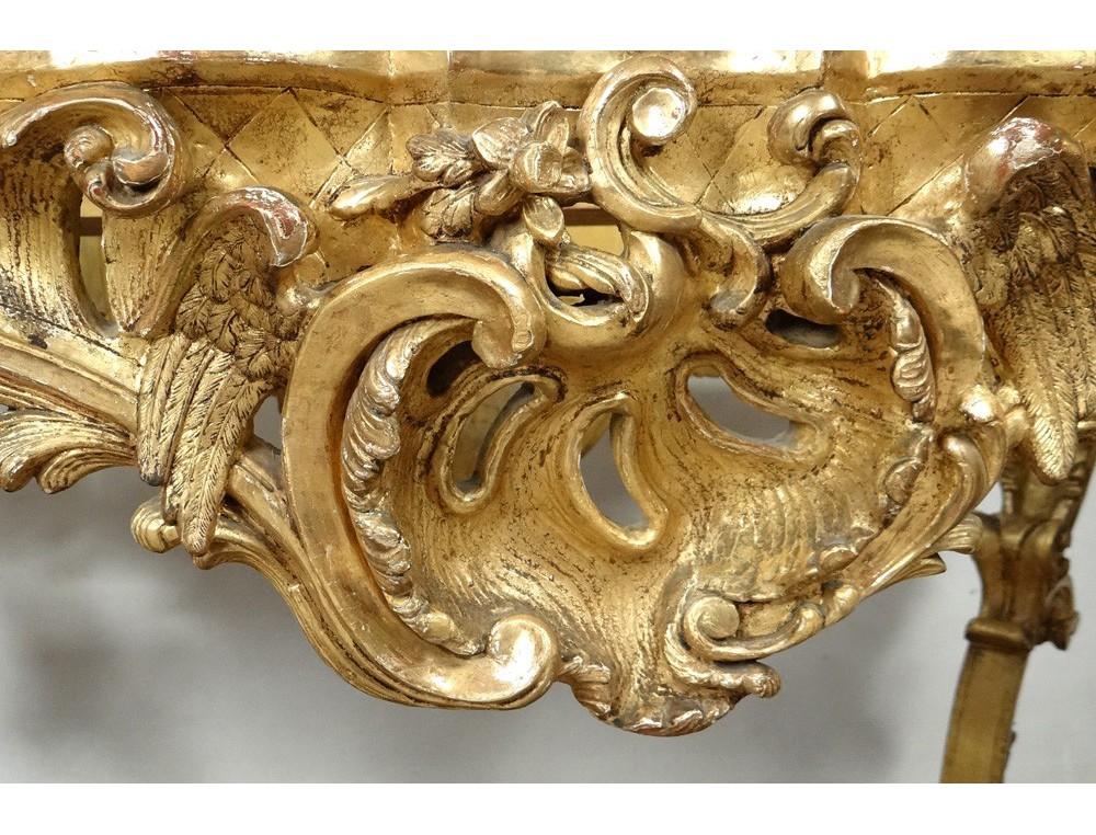Outstanding Centerpiece Regency Carved Wood Gilt