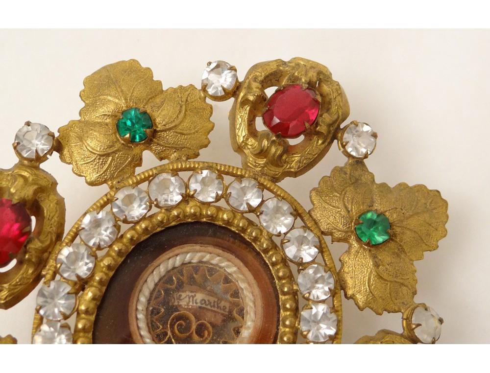 650bdc18d577 Reliquary paperolle golden brass reliquary under vines Sainte Marthe XIX