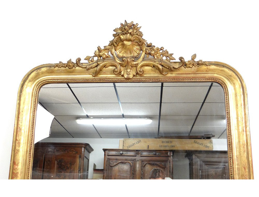 Large wood fireplace mirror gilded stucco shell flowers for Fireplace mirrors