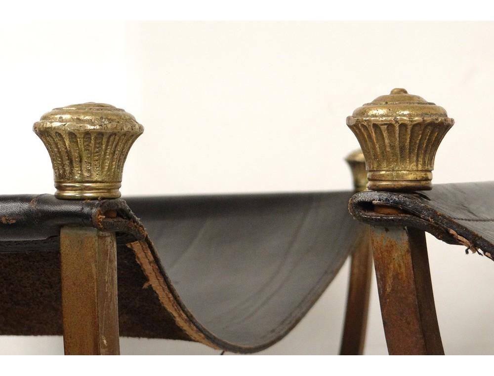 superbe paire de tabourets curule empire fer bronze dor cuir sabots xx me. Black Bedroom Furniture Sets. Home Design Ideas