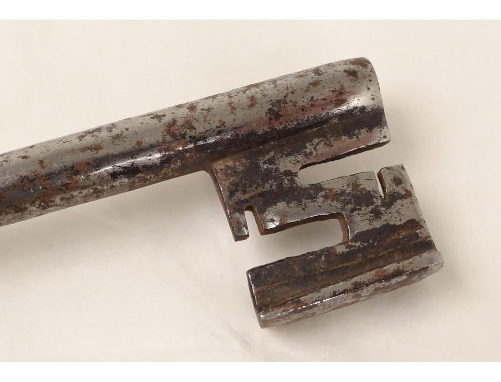 Clé clef ancienne fer forgé château antique key XVIIIème siècle ...