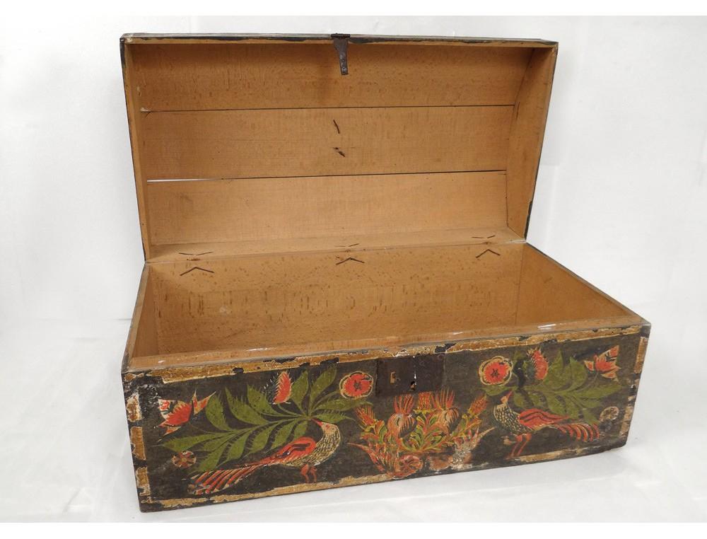 coffre coffret de mariage normand bois polychrome oiseaux fleurs xviii me. Black Bedroom Furniture Sets. Home Design Ideas