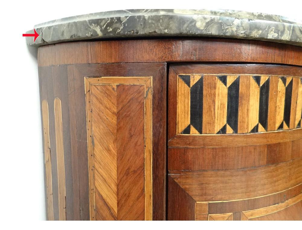 Chambre marqueterie bois de rose for Chambre en bois de rose