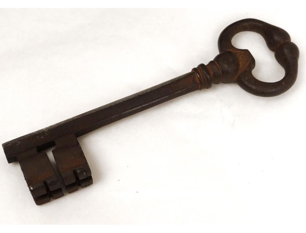 Great Castle Key Lock Key Wrought Iron Lock Old Diamond