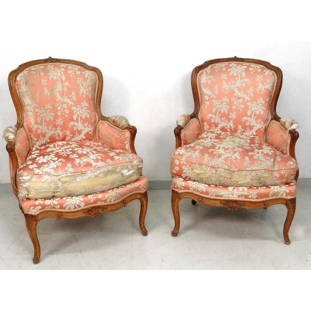 paire fauteuils berg res louis xv noyer sculpt estampille. Black Bedroom Furniture Sets. Home Design Ideas