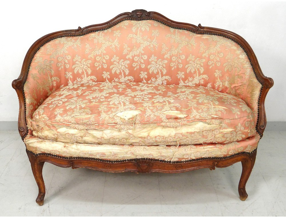 Sofa bench carved walnut louis xv trash stamp tilliard for Canape banquette